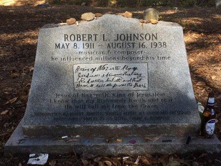 Robert Johnson Grave Site